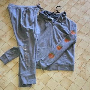 Shine jogger and sweater